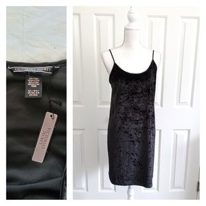 Nwt Victoria's secret black velvet dress lingerie
